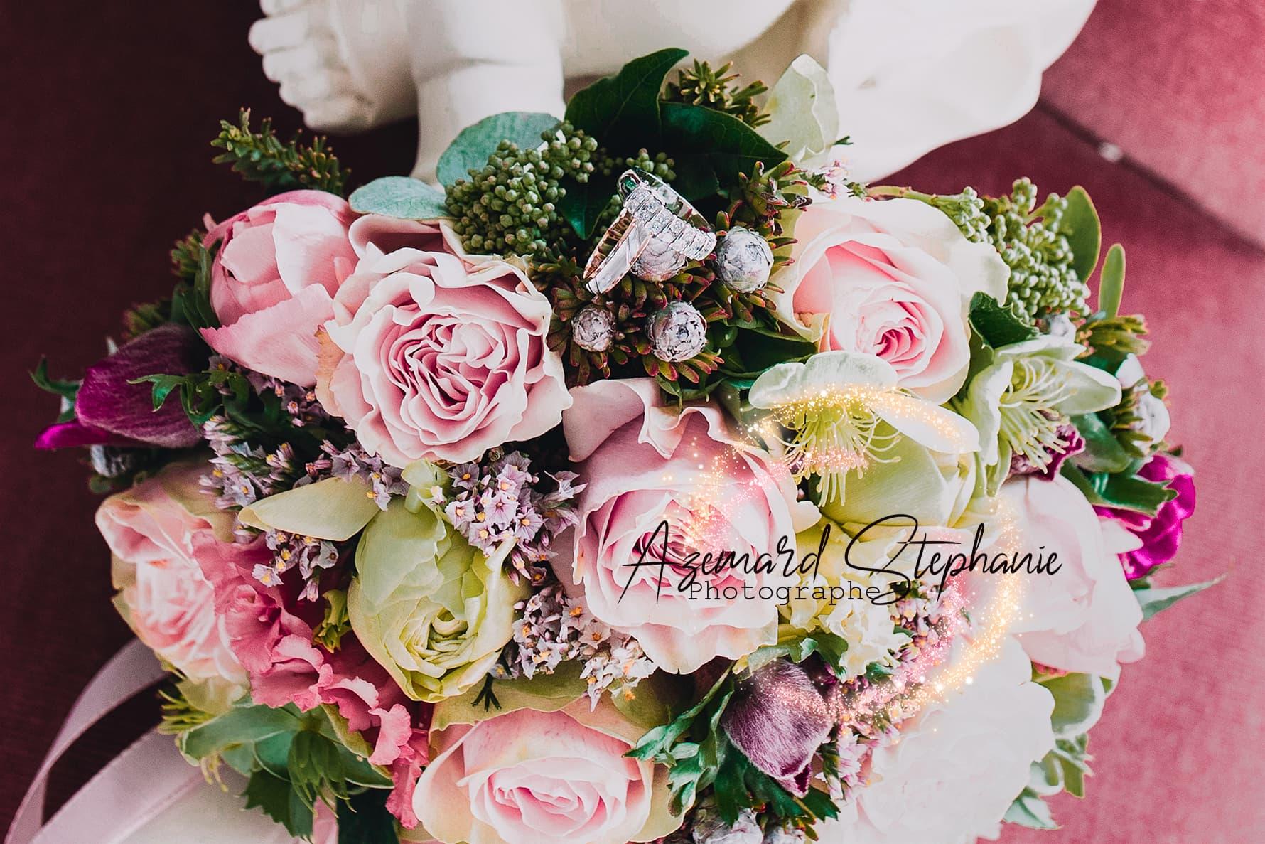 Bouquet chic de fleurs fraîches rose et blanc. Azemard Stéphanie photographe dans l'Hérault