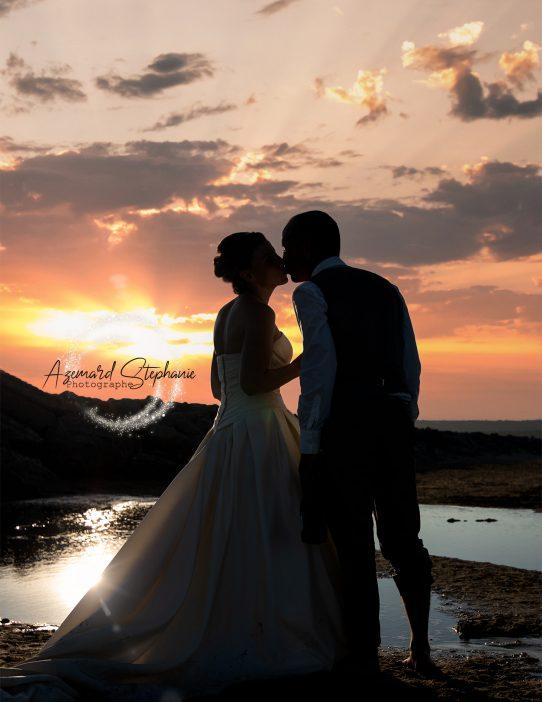 After-day en robe de mariée sur les plages de Gruissan par photographe spécialiste de mariage Azémard Stéphanie
