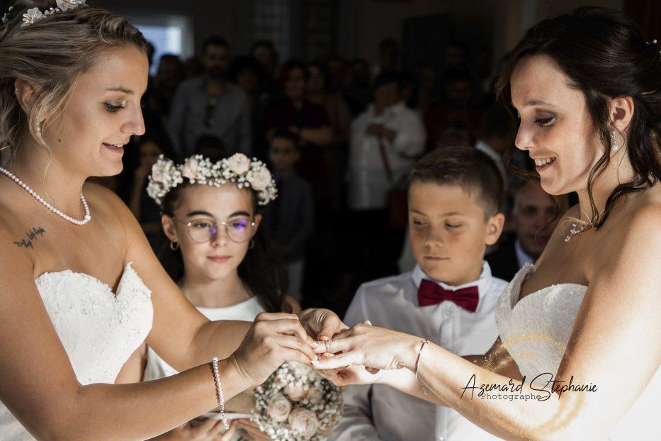 Mairie mariage échange des anneaux Azémard Stéphanie photographe sur l'Hérault et le Gard