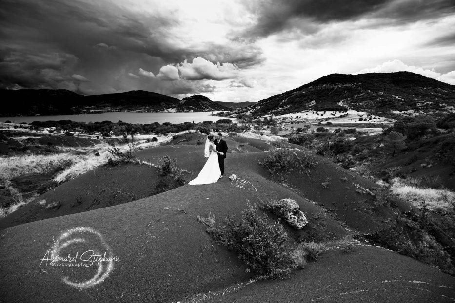 Photo de couple mariage lac du Salagou Azemard Stéphanie photographe